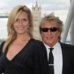 Zum Artikel Rod Stewart: Gattin ließ sich künstlich befruchten